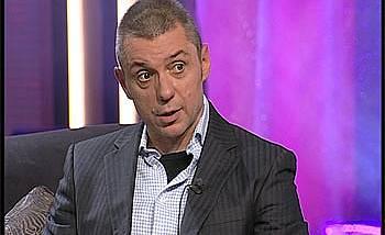 Крум Савов води предаване по ТВ2