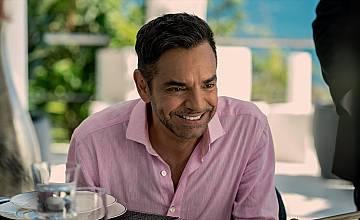 """Комедийната поредица """"Акапулко"""" на Apple TV+ стартира на 8 октомври"""