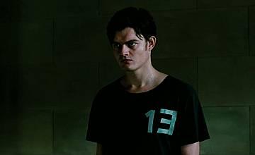 Тринадесет | 13 (2010)