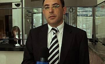 Министърът на транспорта Александър Цветков репортерства за Нова ТВ