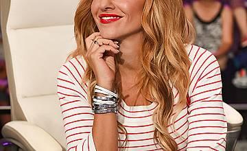 Алекс Раева кани фен за ко-водещ в X Factor