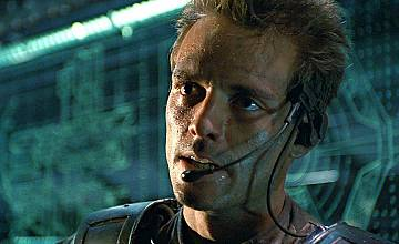 """Звездата от """"Терминаторът"""" Майкъл Бийн се присъединява към The Mandalorian"""