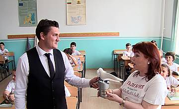 Бяла лястовица за инициативни ученици от Стара Загора