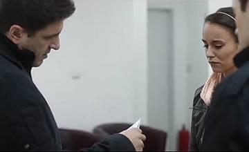 """Чарли търси истината за детето на Сиана в """"Стъклен дом: Изкушението"""" по bTV"""