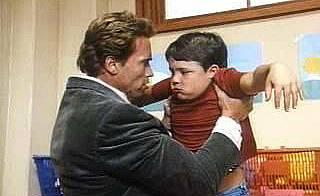 Ченге в детската градина / Kindergarten Cop (1990)