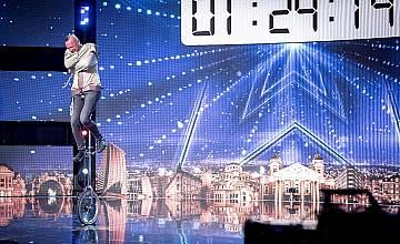 """Циркови артисти, впачатляващи танцьори и незрящи театрални артисти отиват на полуфиналите на """"България търси талант"""""""
