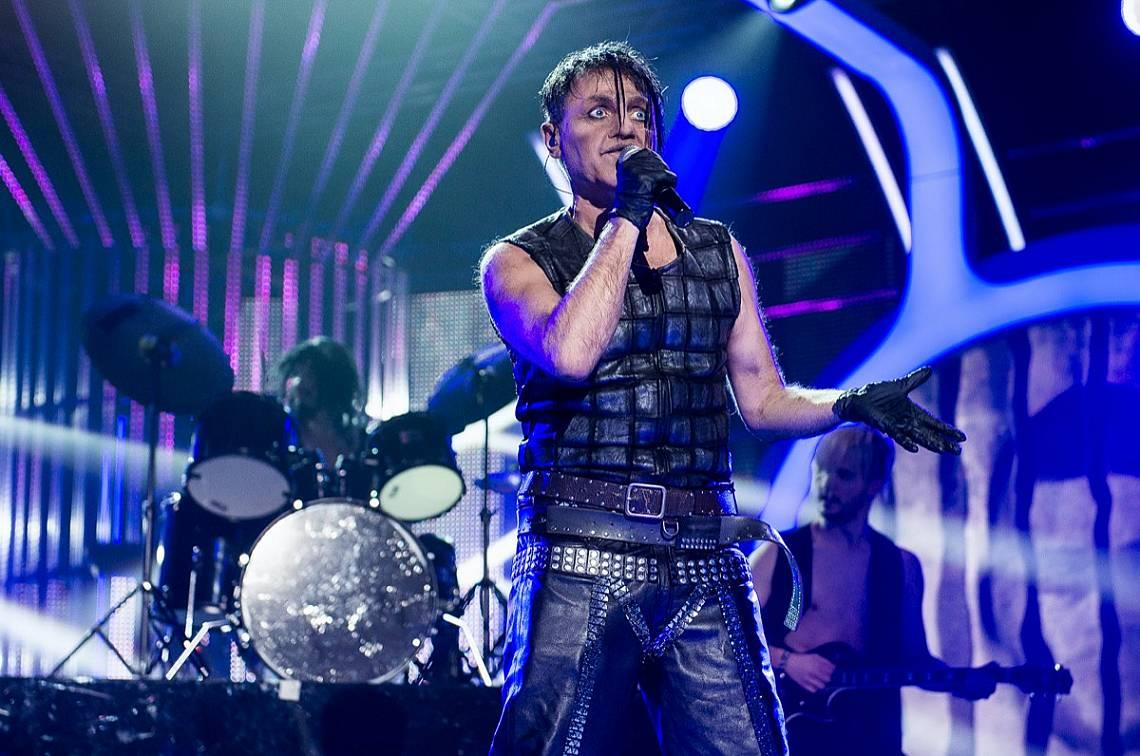 Къци Вапцаров е в ролята на вокала на Rammstein – Тил Линдеман