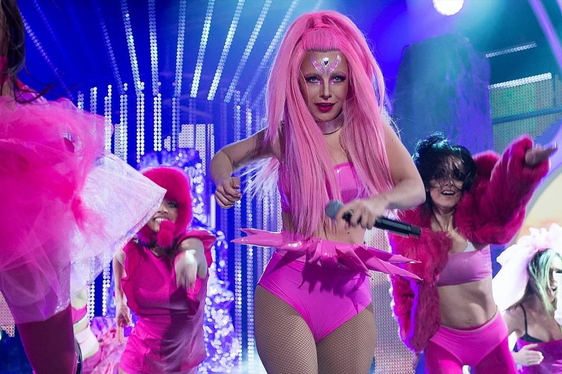 Поли Генова влезе в ролята на Лейди Гага