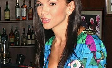 Юлияна Дончева: Голяма паника съм с бебето, бях забравила как е