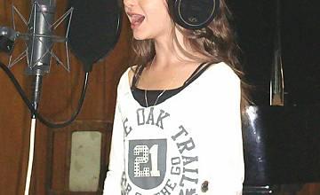Крисия записва специална песен за Детската Евровизия