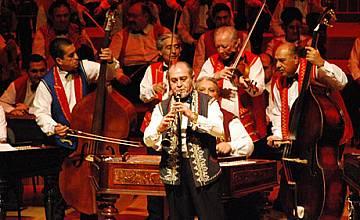 """Промоционални цени за концерта на """"100 Цигански Цигулки"""" през септември"""