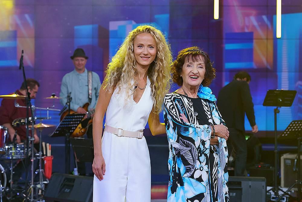 Деси Добрева и Мими Николова