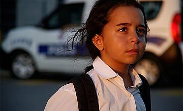 """ПРЕМИЕРА: Разтърсваща саможертва и отдаденост в турския сериал """"Дъщеря ми"""""""