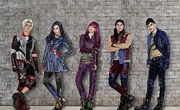 """Оригиналният филм на Disney Channel """"Наследниците 2"""" с премиера на 16 септември"""