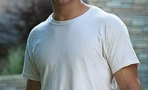 """Тейлър Лаутнър от филма """"Отвлечен"""" ще води наградите на MTV"""