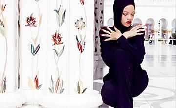 Риана: скандална фотосесия в Абу Даби