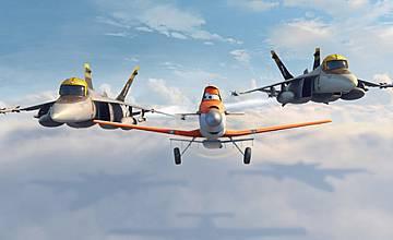 """Светът на """"Колите"""" завладява небесата с анимацията """"Самолети"""""""