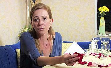 """Съпруг открива, че съпругата му работи тайно като проститутка в """"Съдби на кръстопът"""" по Нова"""