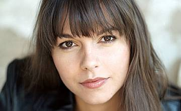"""Сузан Хьоке, която играе ролята на Виктория Тараш от """"Ветровете на любовта"""" била гадже с Джъд Лоу"""