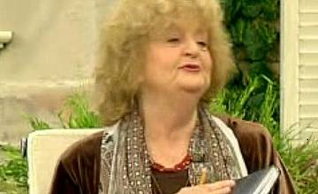 """Татяна Лолова в """"На кафе"""":  """"Сбогом, мамо"""" е един от най-щастливите й проекти"""