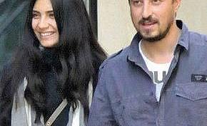 Туба Бююкстюн се омъжи в Париж, очаква близнаци