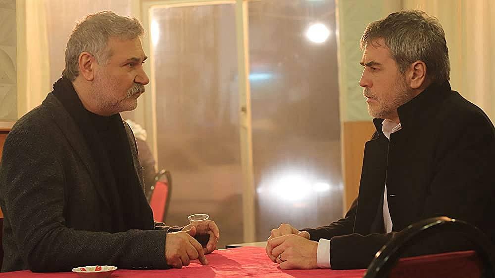 Филипос се среща с Хазар