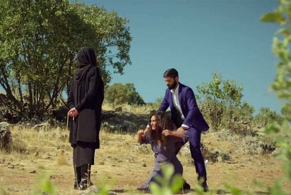 Азизе, Раян и Махмуд