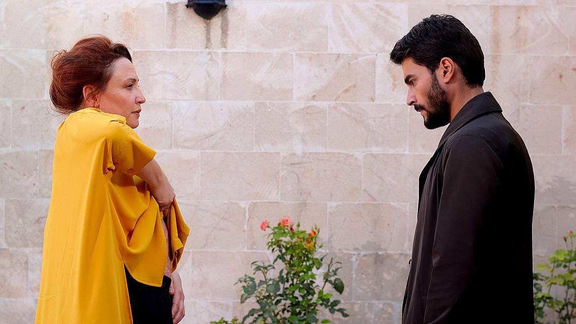 Султан показва на Миран колко жестоки могат да бъдат Асланбей