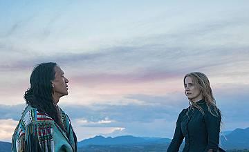 Катрин и Седящият бик | Woman Walks Ahead (2017)